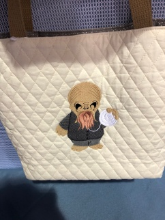 This cute Ood bag will be a birthday gift.